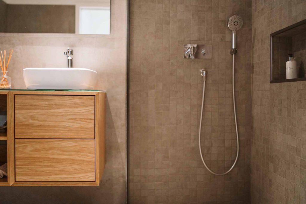 Armário suspenso de casa de banho
